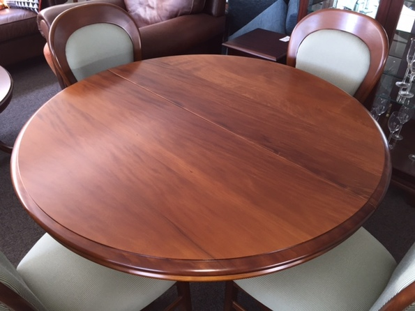 Classic Kauri Round Extension Dining Table Nz Made Furniture